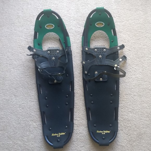 CABELAS ALASKAN OUTFITTER SNOWSHOES 10X36 HEAVY PA